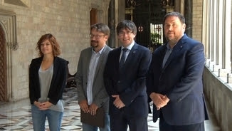 Puigdemont i Junqueras han rebut aquest dilluns Domènech i Alamany al Palau de la Generalitat