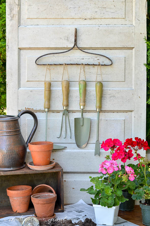 anderson & grant gardening organizer for tools
