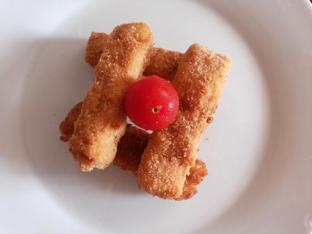 Chicken Nugget (2)