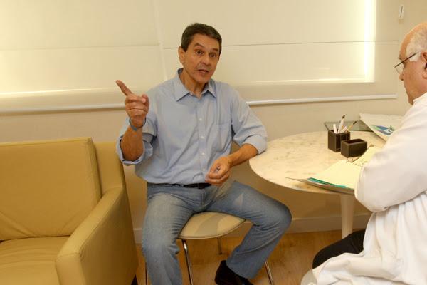 Roberto Jefferson recebeu alta na manhã de hoje (5). Ele estava internado desde o dia 28 de julho no Hospital Samaritano, no Rio de Janeiro