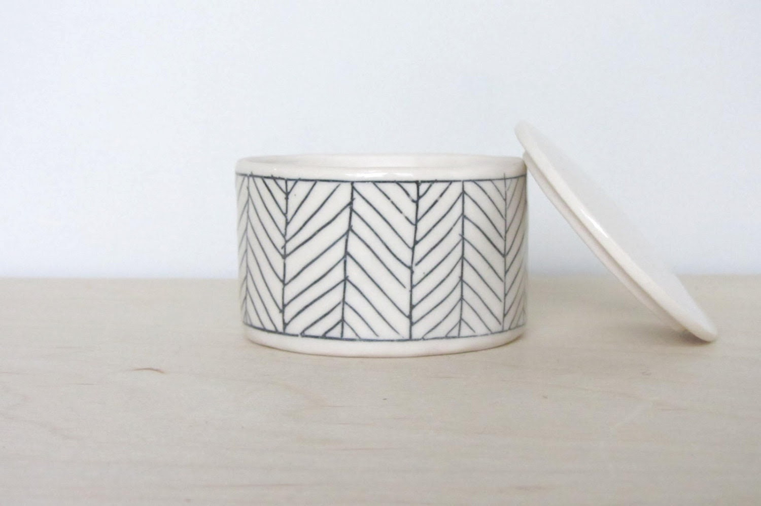 Ceramic Herringbone Salt Cellar in White