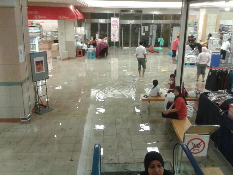 banjir dalam jusco