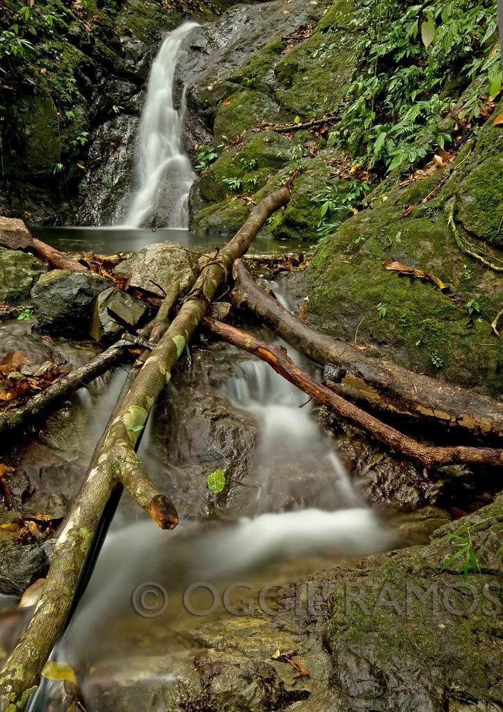 Ilocos Norte - Inuwayan Falls Dramatic