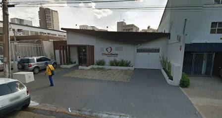 Clínica fica em Goiânia, Goiás