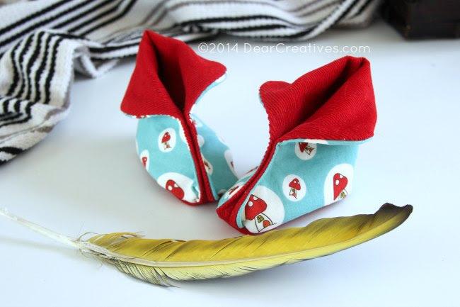 Baby Booties with mushroom fabric_moon-booties_Theresa Huse 2014