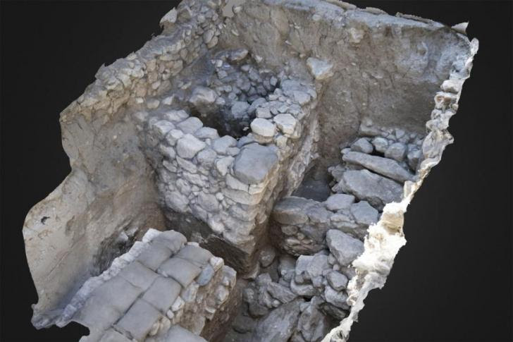 11 megiddo tomb treasure adapt 885 1