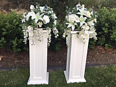 25  best ideas about Wedding columns on Pinterest   Greek