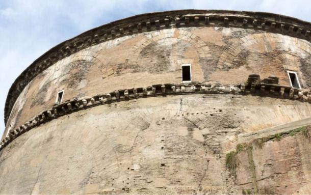 Hormigón romano se utilizó para construir el magnífico panteón, que ha perdurado durante dos milenios.
