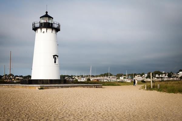 Edgartown Lighthouse, Edgartown Main Street, downtown Edgartown, Edgartown news, early morning in Edgartown