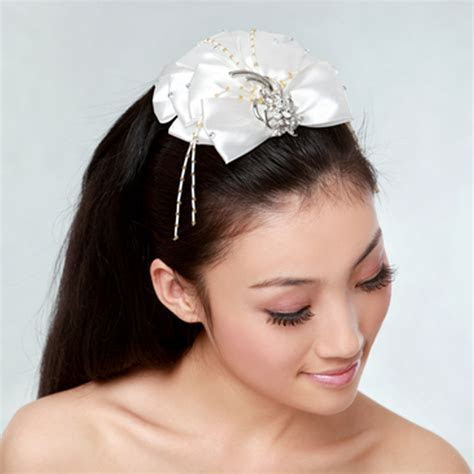 Wedding Hair Accessories  Wedding Hairstyles   Fashion 2013
