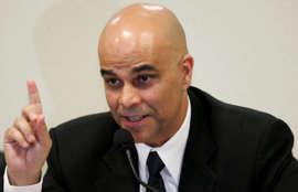 Marcos Valério cumpre pena de 37 anos de prisão.