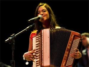 Lucy Alves, líder do Clã Brasil (Foto: Divulgação)