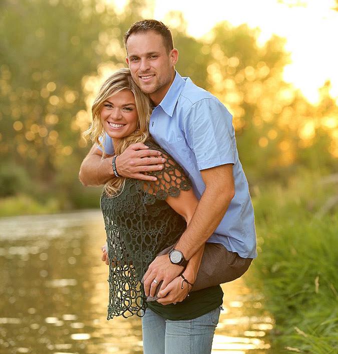 Η-δύναμη-του-έρωτα-και-της-αγάπης-αποτυπώνεται-στη-φωτογραφία-του-Jesse-Cottle-και-της-συζύγου-του-Kelly.