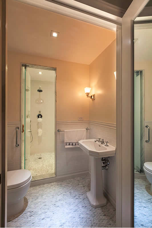 8 Small Bathrooms That Shine | Home Remodeling