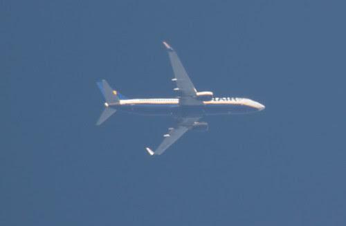 Ryanair B738 EI-EBS