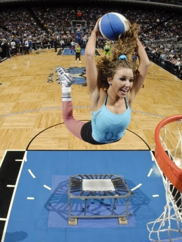 dunking cheerleader