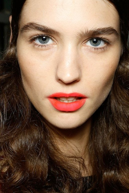 Le Fashion Blog Bright Matte Lip Orange Red Lipstick Bold Brows Backstage Beauty Missoni SS 2013 photo Le-Fashion-Blog-Bright-Matte-Lip-Orange-Red-Lipstick-Model-Joan-Smalls-Backstage-Beauty-Missoni-SS-2013.jpg