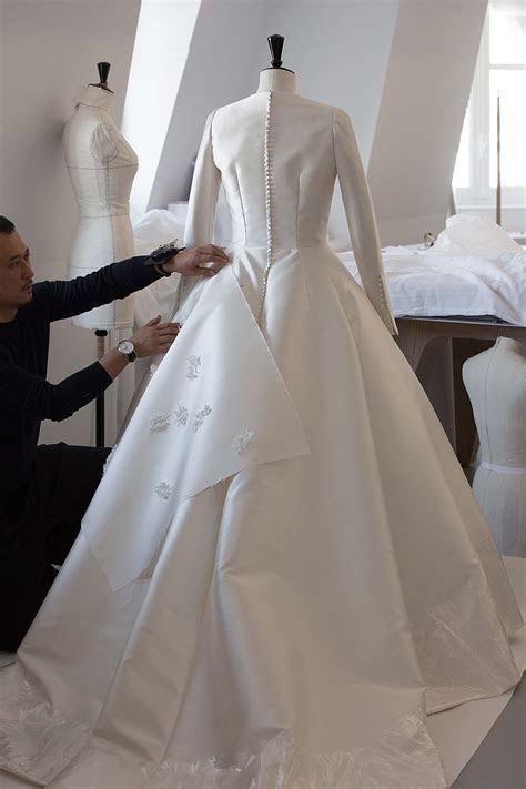 The Savoir faire of Miranda Kerr?s Wedding Dress: Photos