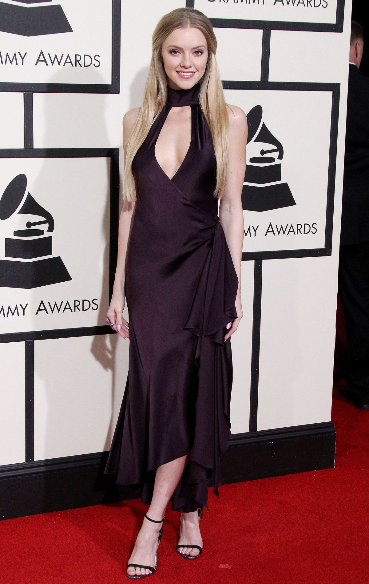 ELLE EVNS at Grammy Awards 2016 in Los Angeles 02/15/2016