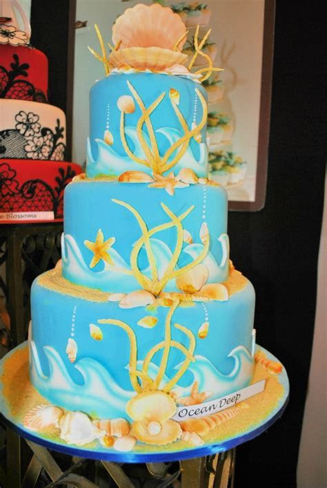 Goldilocks   Negros Occidental Wedding Cake Shops   Negros