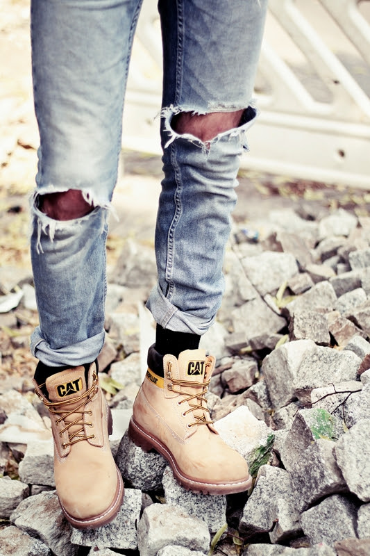 CAT_COLORADO_LOOKBOOK_AMERICAN_DREAM_LUMBERJACK_JEANS_BOY_AND_GIRL_BERLIN_TATTOOS_LEGS (6)