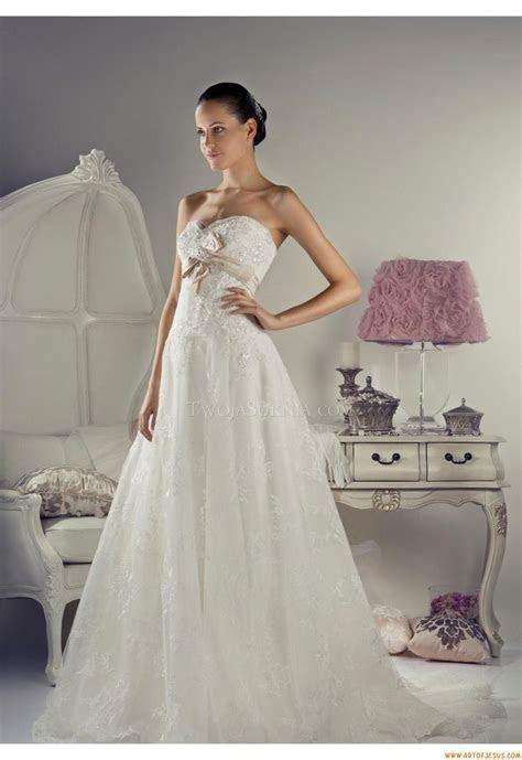 Glamorous Sweetheart A line Court Train Wedding Dress