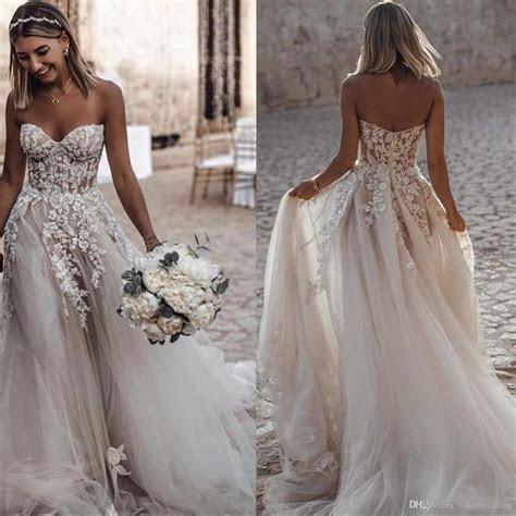 Discount Beach Wedding Dresses A Line Tulle 3D Applique