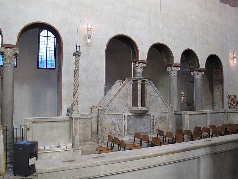 Santa Maria in Cosmedin, intern 07.jpg