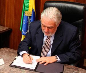 governador sanciona lei de gestantes (Foto: Divulgação/ Agecom)