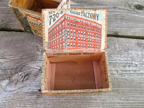 cigar box interior
