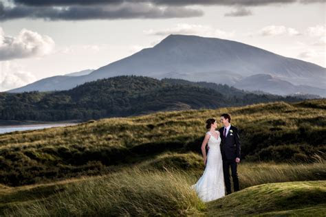best donegal wedding photographers couple in carrigart
