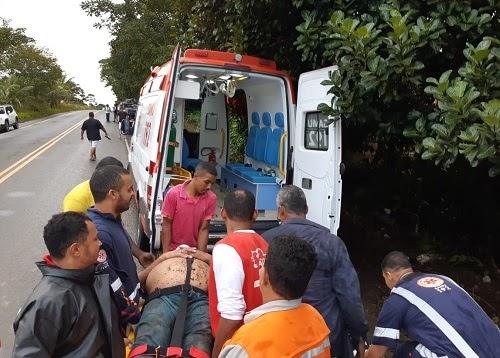 Filho de ex-prefeito sofre grave acidente na BR-330