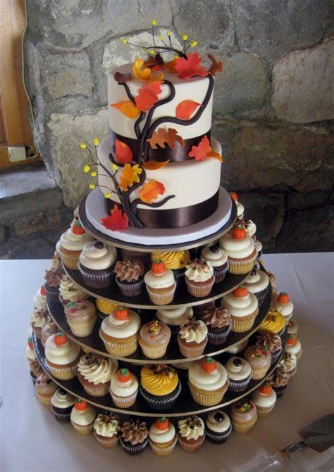 15 Fall Wedding Cake Ideas You May Love   Pretty Designs