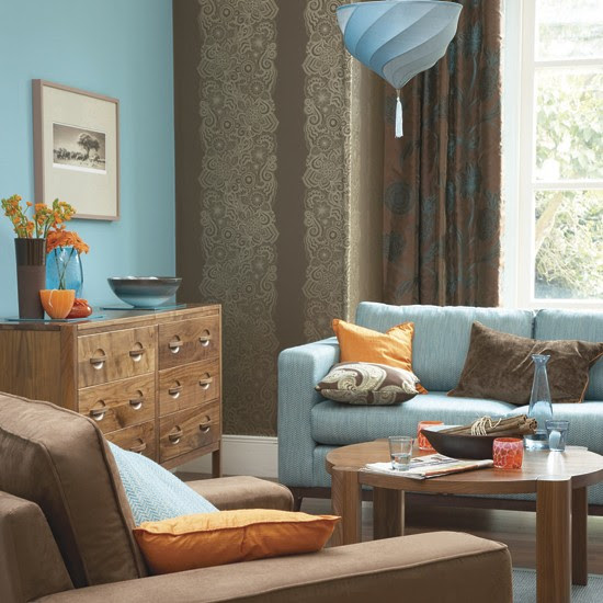 Bold blue-and-orange living room | Decorating with contrasting ...