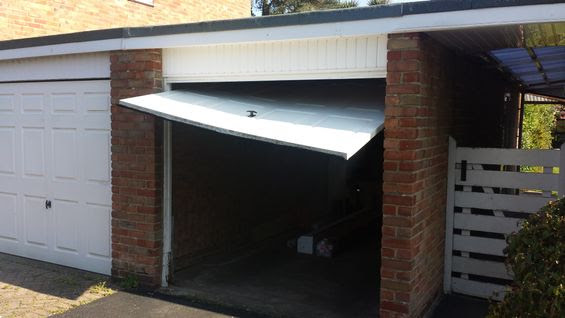 Chichester Garage Door Man Chichester Based Garage Door Repairs