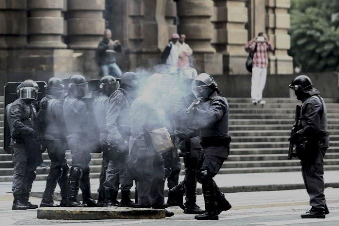 PM reprime bloqueios em São Paulo