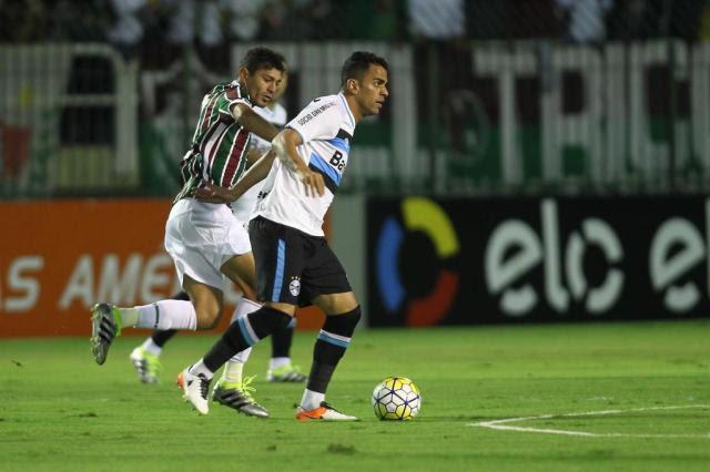Com um a menos, Grêmio empata com o Fluminense em 1 a 1 Paulo Sérgio/Lancepress