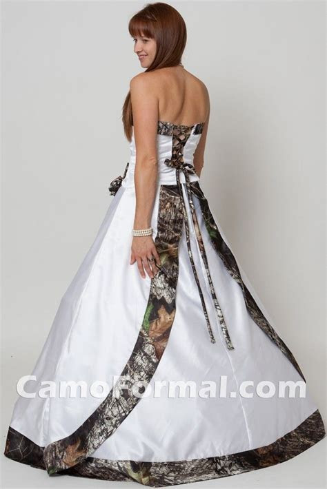 Best 25  Camo wedding dresses ideas on Pinterest