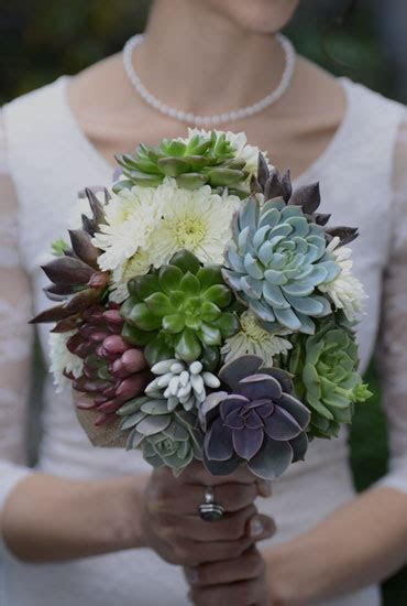Succulent Wedding Bouquets, Centerpieces, & More   Urban