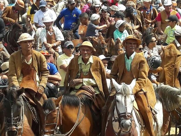 Missa do Vaqueiro em Petrolina (Foto: Aracelly Romão/ TV Grande Rio)