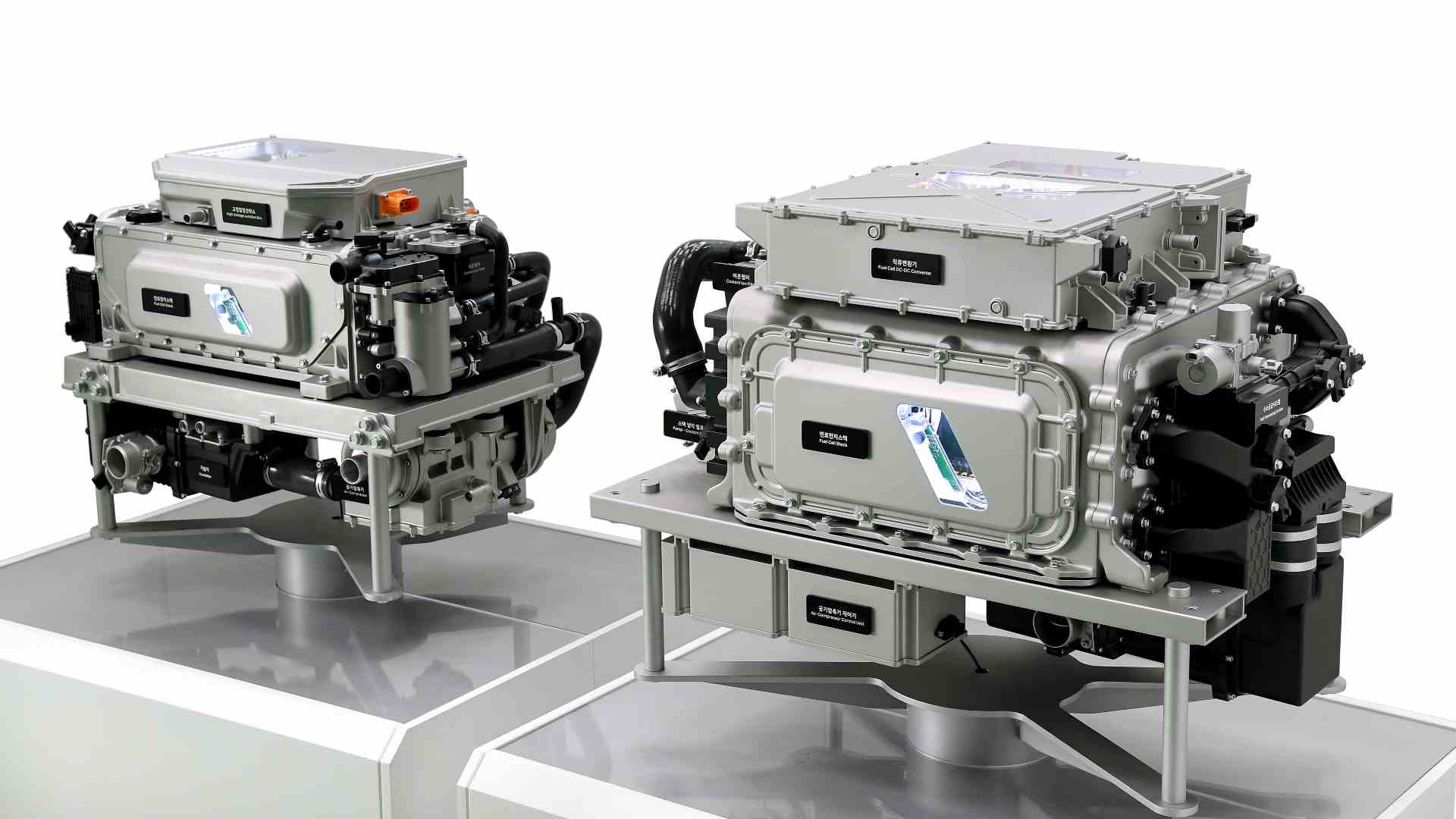 The third-generation fuel-cell powertrain is expected to debut in the updated Hyundai Nexo in 2023. Image: Hyundai