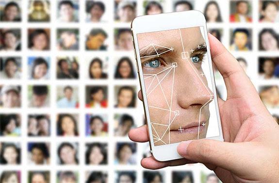 Resultado de imagem para Desafio viral dos 10 anos antes/depois pode ser uma armadilha para roubar seus dados?