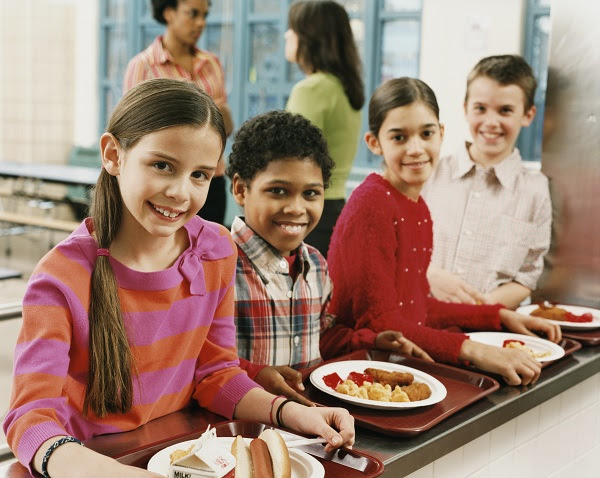 photo of children in a cafeteria