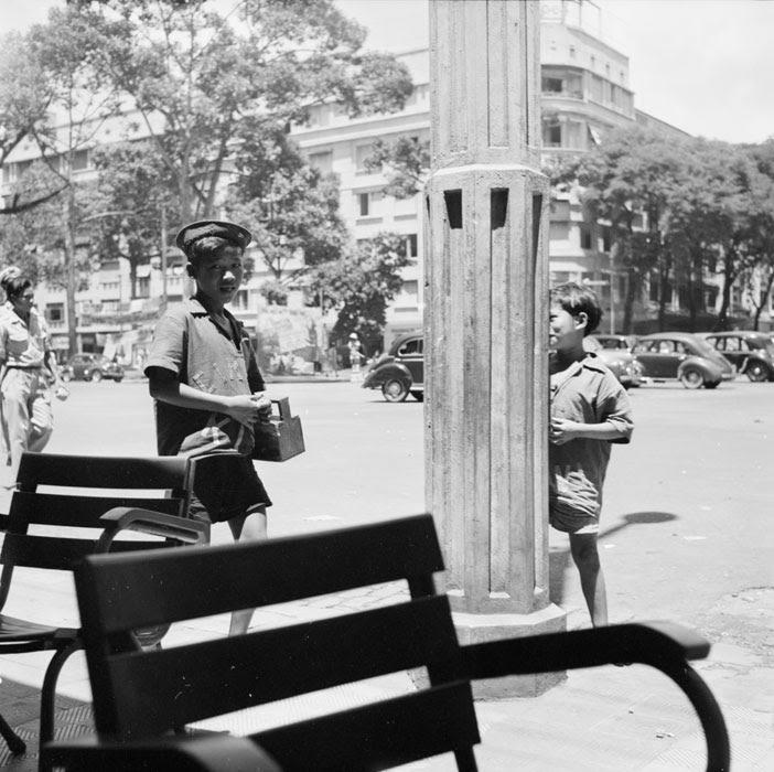 Чистильщик обуви сент 1953 Ж Лирон