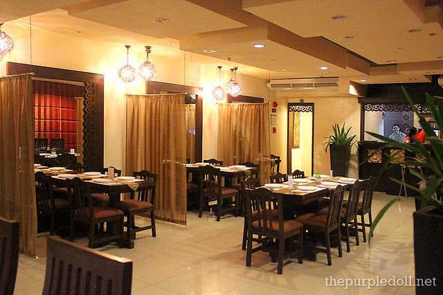 Just Thai Interior Prism Plaza Mall of Asia
