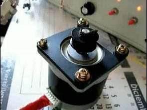 L298 74LS04 Điều khiển động cơ bước trên máy tính