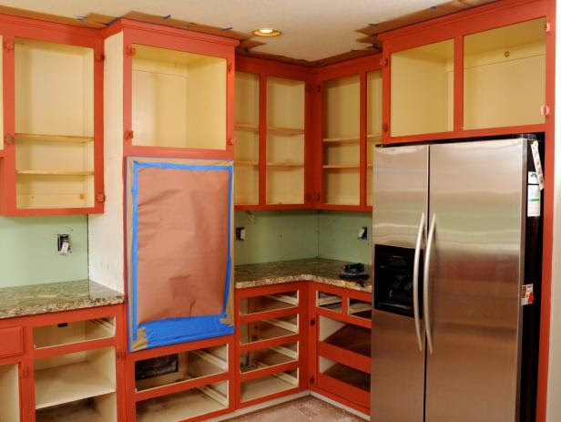 How to Paint Kitchen Cabinets in a Two-Tone Finish | how ...