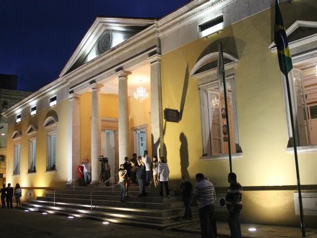 Paço Municipal, que agora é 'Paço da Liberdade' foi reaberto neste domingo (30) (Foto: Marcos Dantas / G1 AM)