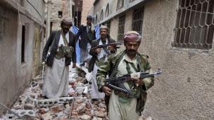 مقاتلون يمنيون