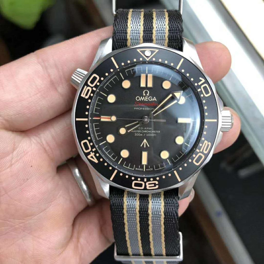 Replica Omega Seamaster 300 No Time To Die